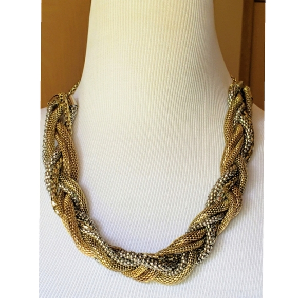 NECKLACE--Women's Silver/Gold Twisted Chain